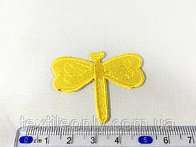 Нашивка бабка колір жовтий
