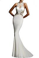 Длинное белое вечернее платье русалка со шлейфом с роскошно отделанным кружевом бюстье на свадьбу