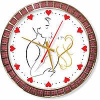 Настенные часы  Притяжение