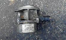 Вакуумний насос Рено Канго 03-08 1.5 Dci б/у