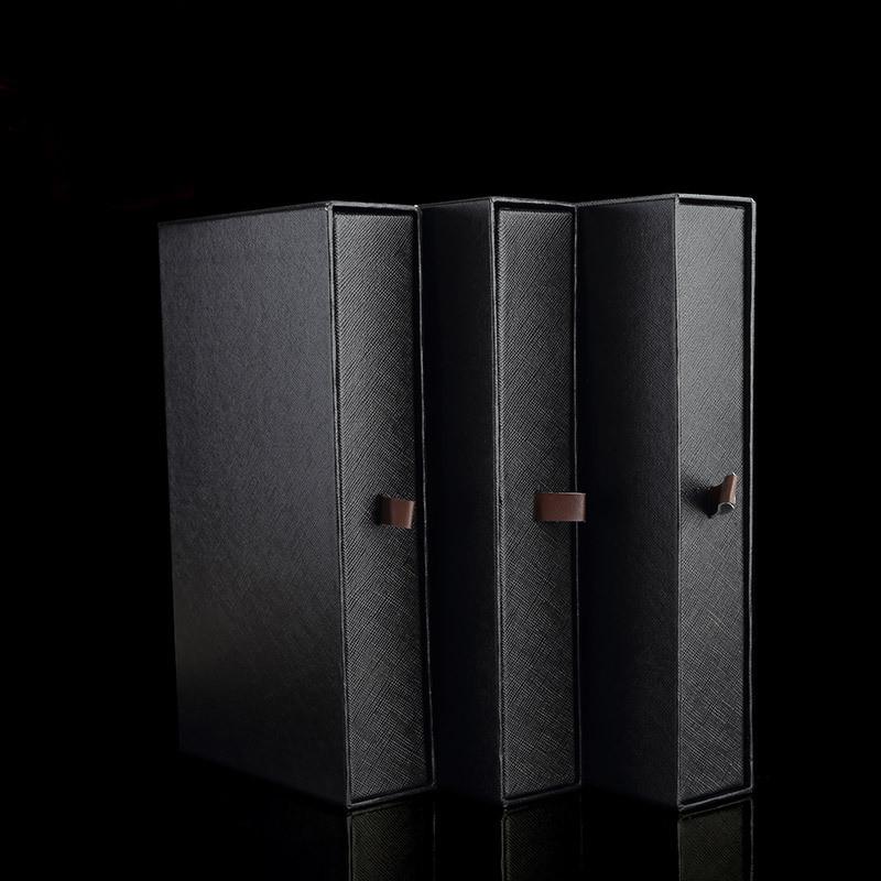 Выдвижная подарочная коробка под клатч. портмоне