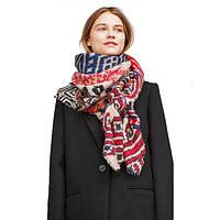 Объемный шарф палантин с этническим узором