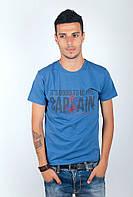 Необычная мужская футболка с оптимистическим принтом на груди синяя,темно-синяя, черная, электрик
