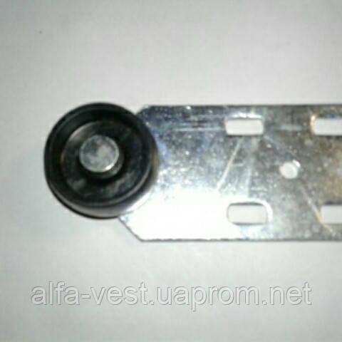 Ролик мебельный чёрный с боковым креплением прямой, диванный (D-36 мм)