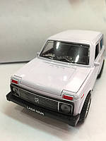 Машина 1801 D металл. Нива, муз., св., откр. двери 14см