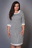 Нарядное женское платье с декоративной молнией на спине лапка