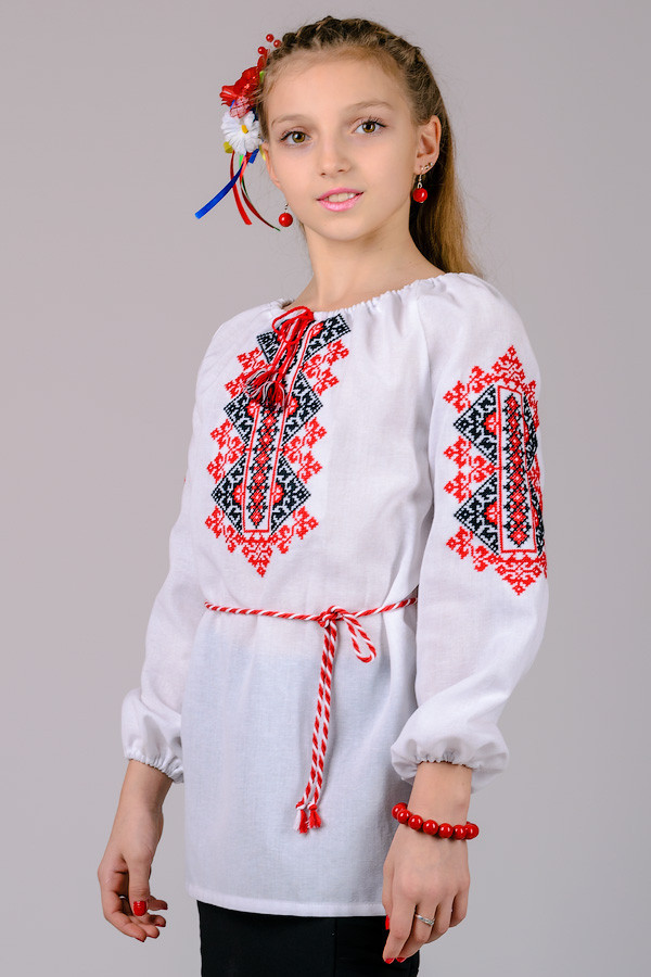 """Вышиванка для девочки """"Украиночка"""" (рукав 3/4)"""