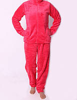 Мягкая женская  пижама красного цвета