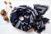 Женский  шарф  модного цвета