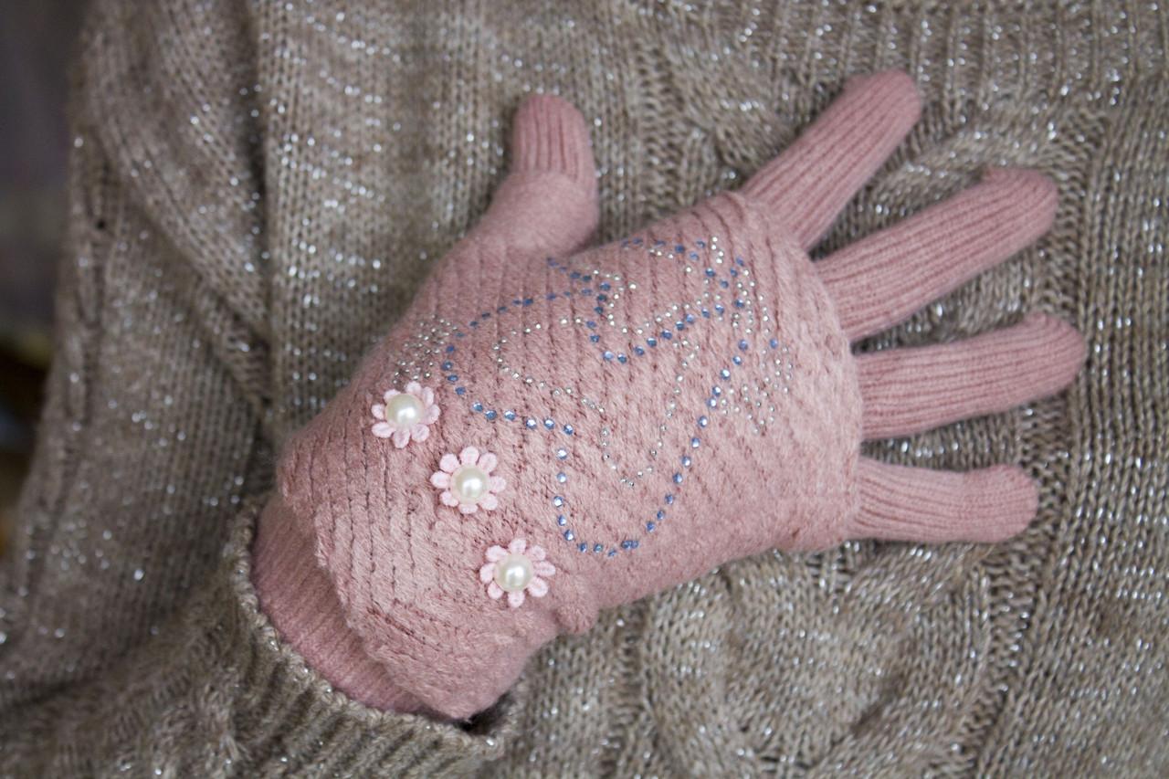 Вязаные перчатки розовые