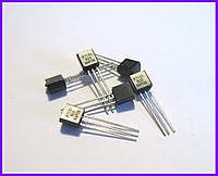 BT131-800E, симистор, 1 А, 800 В.