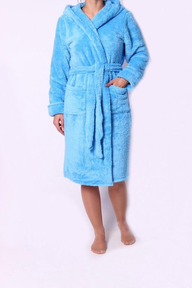 Мягкий женский халат с капюшоном