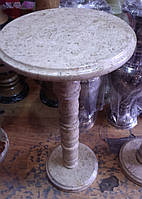 Стол из камня-оникс