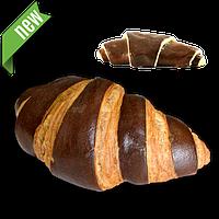Какао круассан на масле с ореховой начинкой