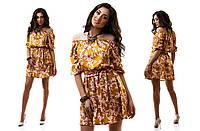 Красивое атласное платье стрейч с орнаментом