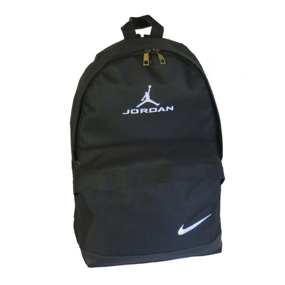 d68f59b1 Спортивный рюкзак Nike реплика 219 среднего размера с отверстием для  наушников черный - e-sumki
