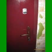 Монтаж и замена входных дверей для людей