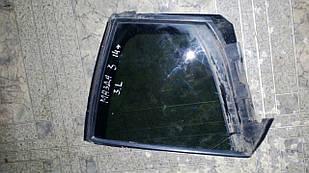 Б/у стекло двери форточка ліва Mazda 3 2014 №2244000