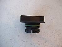 Крышка маслозаливной горловины  DEUTZ TCD 2013 4V (04902412)