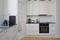 П-образная планировка кухни в скандинавском стиле, фото 1