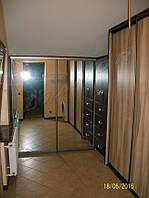 Гардеробная комната на заказ в мансардном помещении