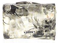 Маленький лаковый женский кошелек из кожи высокого качественный H.VERDE art. 2239-D42 светло-серые цветы