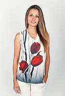 Элегантная женская блуза без рукавов с оригинальным цветочным рисунком впереди бело-красная, бело-серая, белая