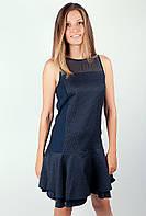 Нарядное женское платье оригинального кроя с прозрачными вставками на плечах и складками от талии темно-синее, черное