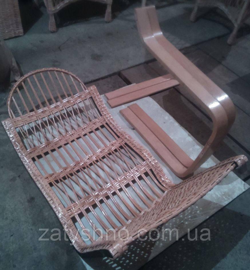Плетеное кресло-качалка разборная из бука и лозы