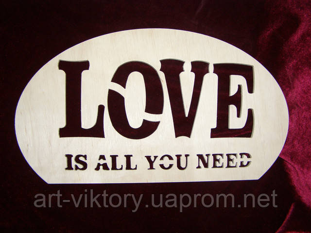 Панно Love is all you need, декор