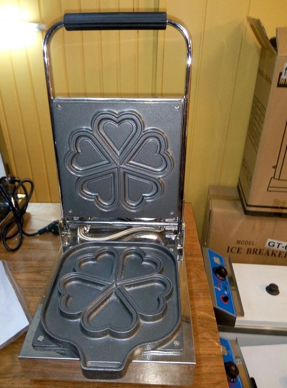 Профессиональная вафельница для приготовления вафель в форме сердечек Vektor  EG 5A