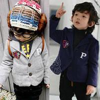 Модный трикотажный пиджак для самых стильных