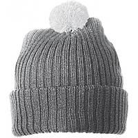 Серая шапка с белым помпоном