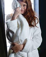 Женский махровый халат CASUAL AVENUE Chicago белый размер L