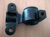 Сайлентблок рычага задний левая сторона Expert Scudo Jumpy 95-06 FORMPART