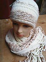 Шапочка вязанная с шарфиком ,объем головы 55 см
