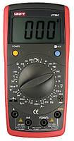 Цифровой мультиметр UNI-T UT39C для измерения напряжения, силы тока, емкости, частоты и температуры.