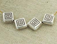 Бусины квадрат серебро п.970