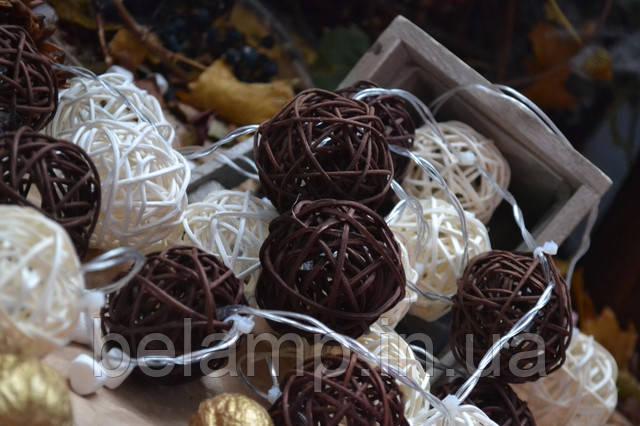 гирлянда из плетеных шариков