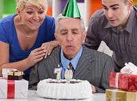 Что подарить дедушке на его день рождение?
