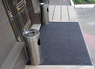 Грязезащитный ворсовый ковер на резиновой основе при входе в помещение 29