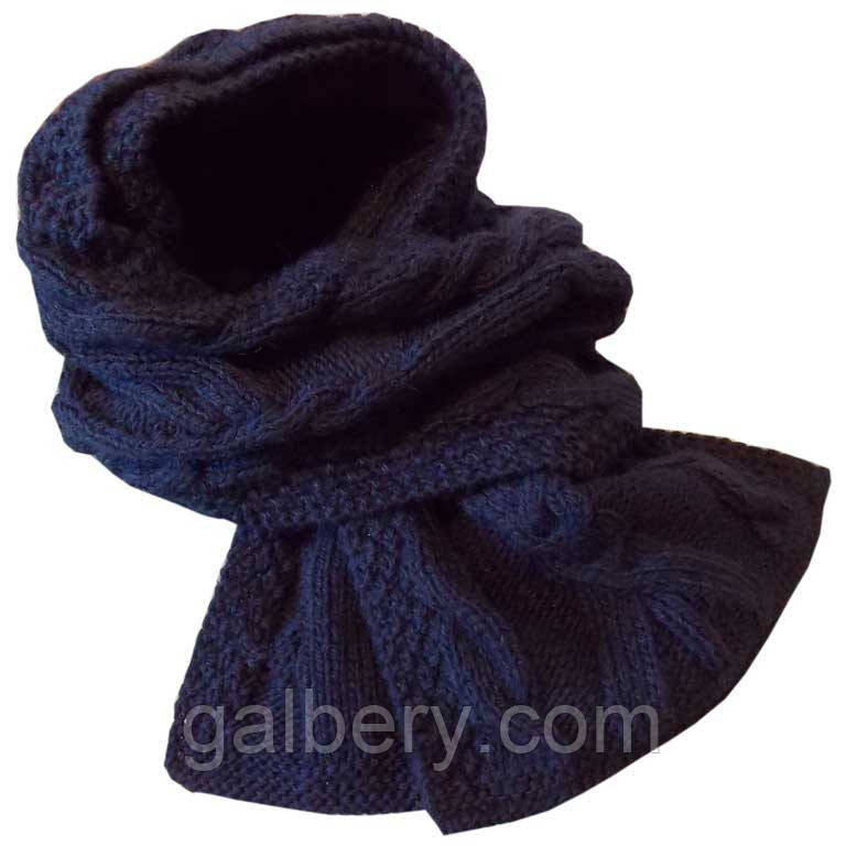В'язаний шарф - петля темно - синього , кольору об'ємної ручної в'язки