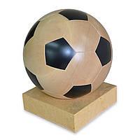 Деревянный мяч на подставке. Ручная работа.