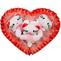 Букет из мягких игрушек Котики сердце красное