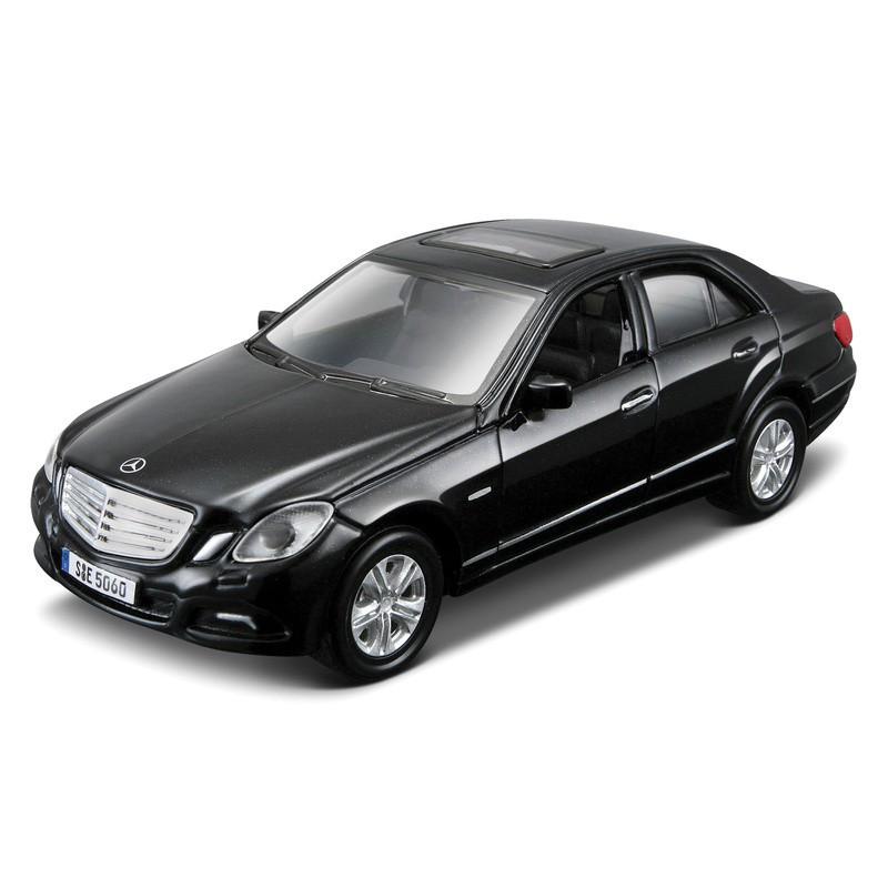 Автомодель Mercedes Benz CL-550 Bburago білий, чорний, 1:32 (18-43032)
