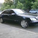 Прокат автомобиля в Киеве Мерседес  W220 без водителя