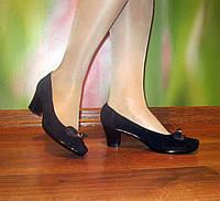 Замшевые женские туфли, в наличии 40 размер