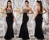 Элегантное платье в пол с легким шлейфом, сочетание разных тканей.