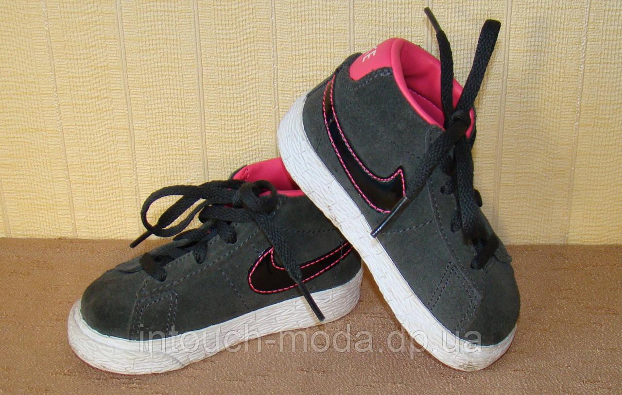 Кроссовки Nike, Оригинал (Размер 20) — в Категории