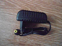 Сетевой адаптер зарядное 9V 2A разъем 4,0 * 1,7 мм